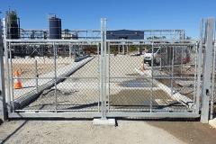 Swing-gates10